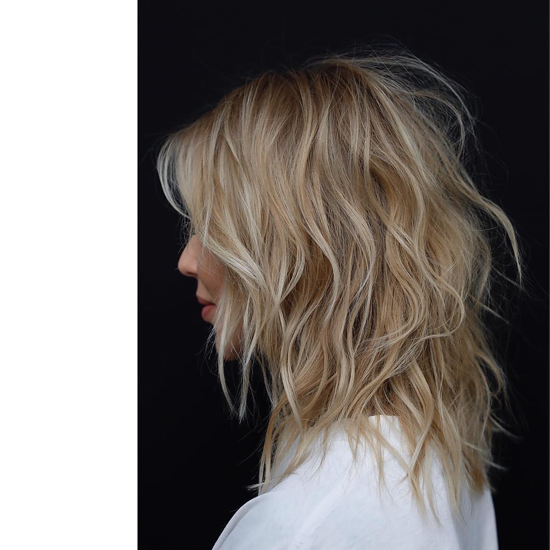 10 Top Shoulder Length Hairstyles Wavy Hair Women