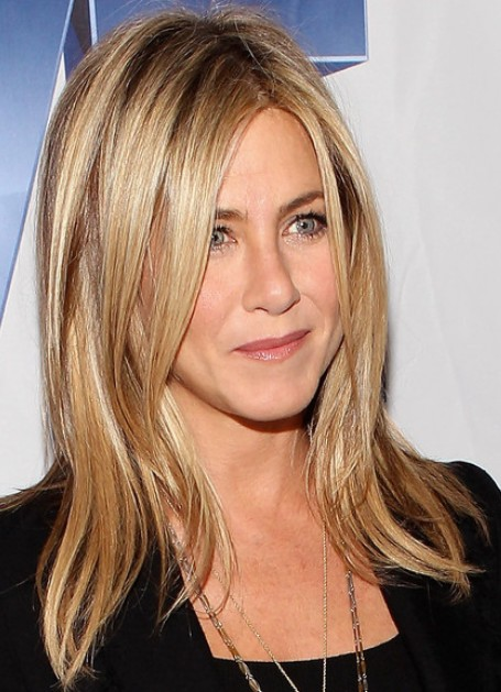 Jennifer Aniston Long Hairstyles 2012 PoPular Haircuts