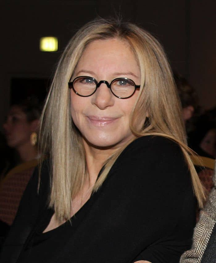"lifescript, <a href=""https://commons.wikimedia.org/wiki/File:Barbra_Streisand_at_Health_Matters_Conference.jpg"">Barbra Streisand at Health Matters Conference</a>, <a href=""https://creativecommons.org/licenses/by/2.0/legalcode"">CC BY 2.0</a>"