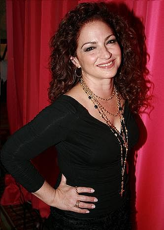 "<a href=""http://www.flickr.com/photos/flasporty/"">Michele Eve</a>, <a href=""https://commons.wikimedia.org/wiki/File:Gloria_Estefan_2009.jpg"">Gloria Estefan 2009</a>, <a href=""https://creativecommons.org/licenses/by/2.0/legalcode"">CC BY 2.0</a>"