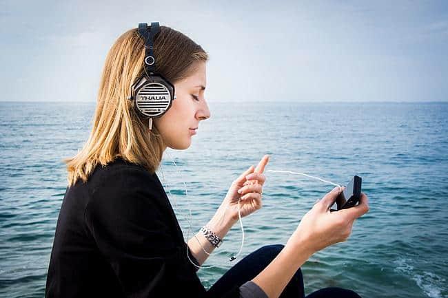 Symbolfoto: Kopfhörer-Lautstärke
