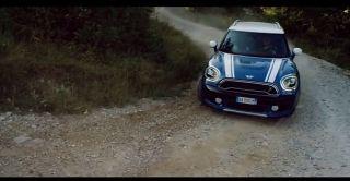 Screenshot aus MINI Countryman Werbung