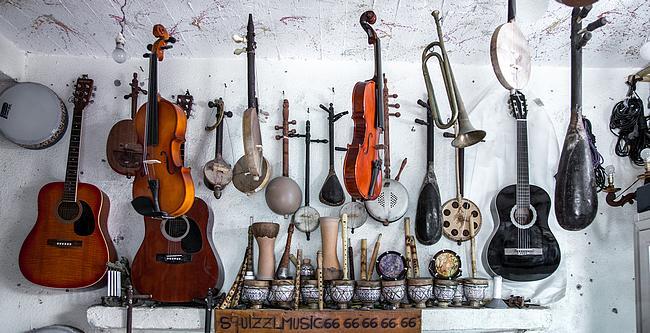 Verschiedene Musikinstrumente