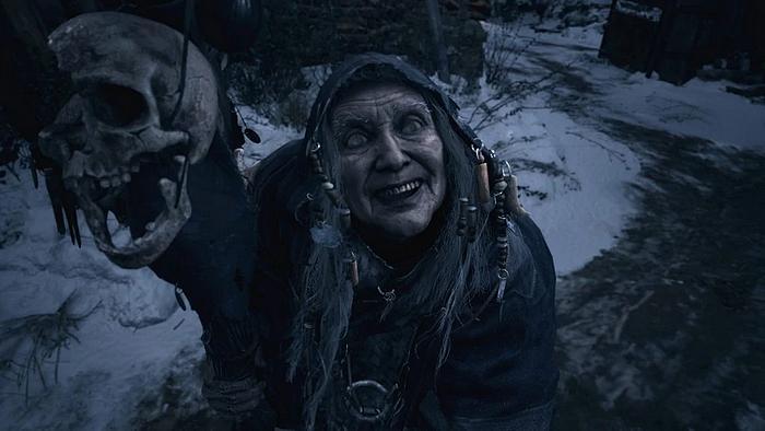 Resident Evil Village alte Frau