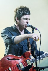 Noel Gallagher, Noel Gallagher's High Flying Birds, Vega