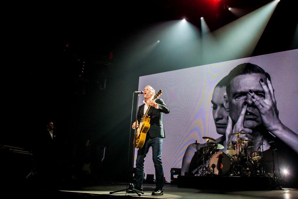 Bryan Adams, Ceres Arena