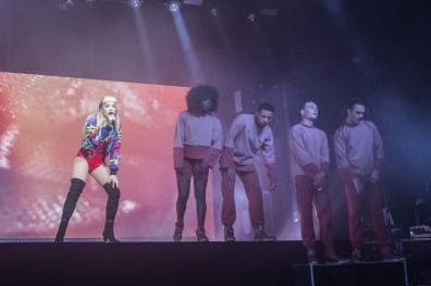 Rita Ora, Store Vega