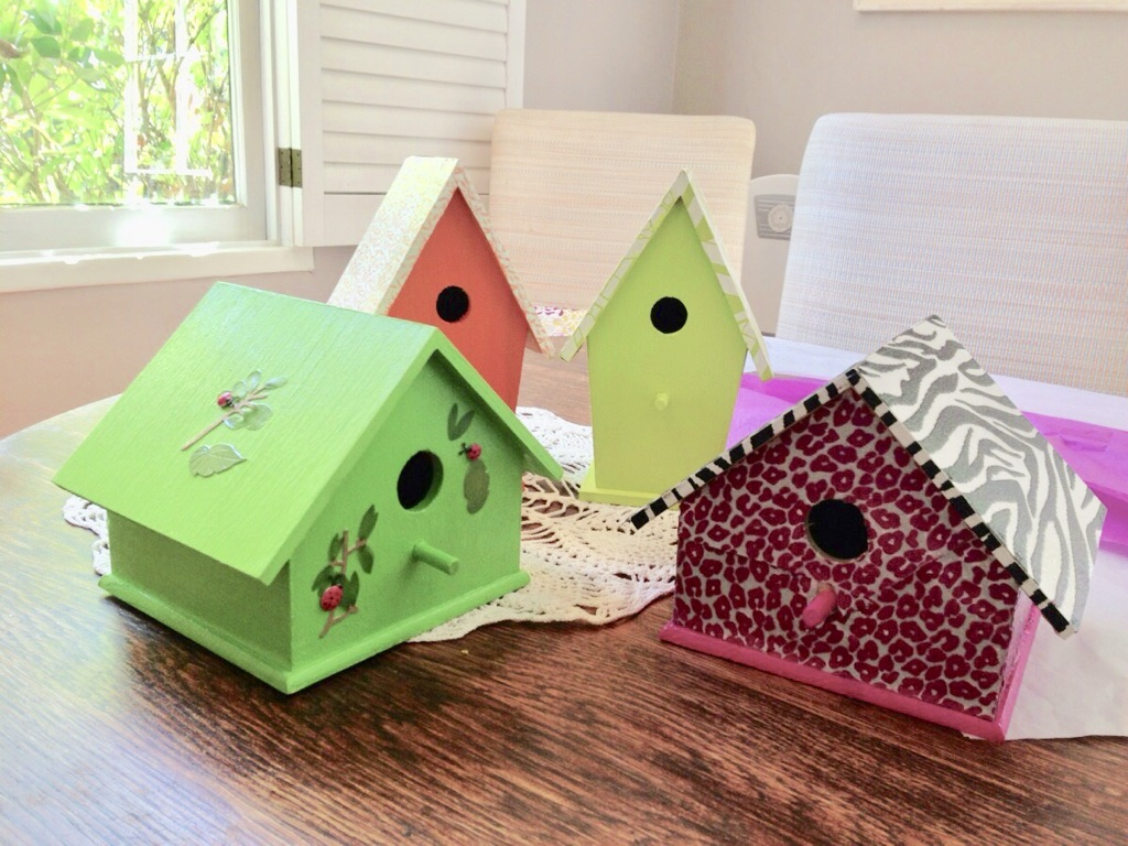 diy tutorial to paint your own birdhouse craft | Poplolly co.