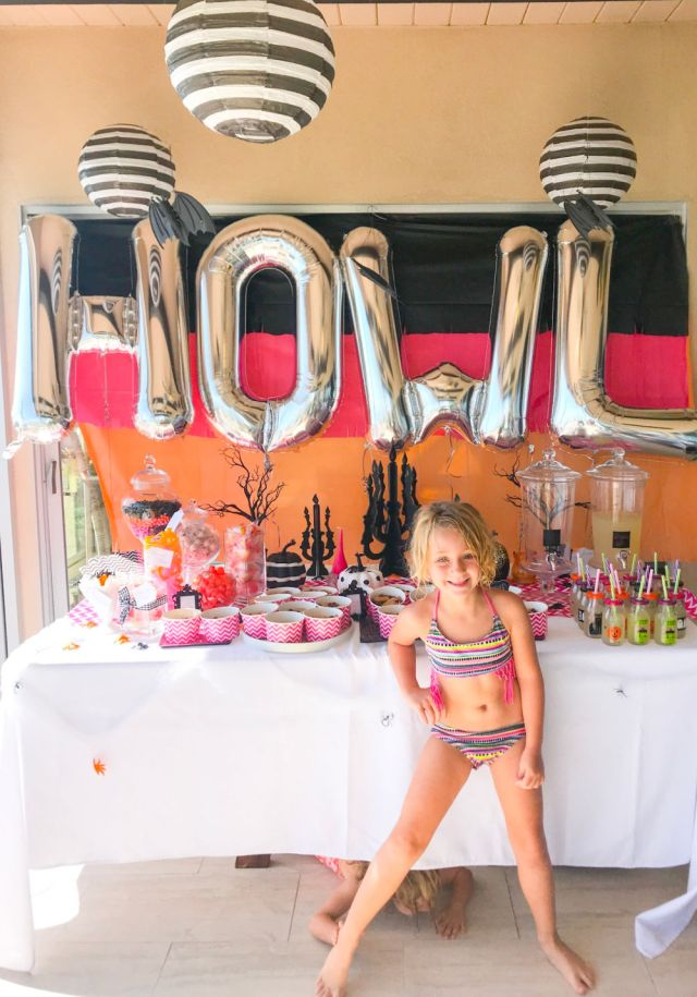 girls howlin halloween party ideas | Poplolly co