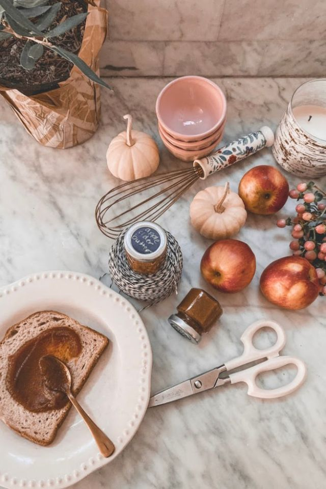 fall shower favor idea using sugar free apple cider butter | Poplolly co