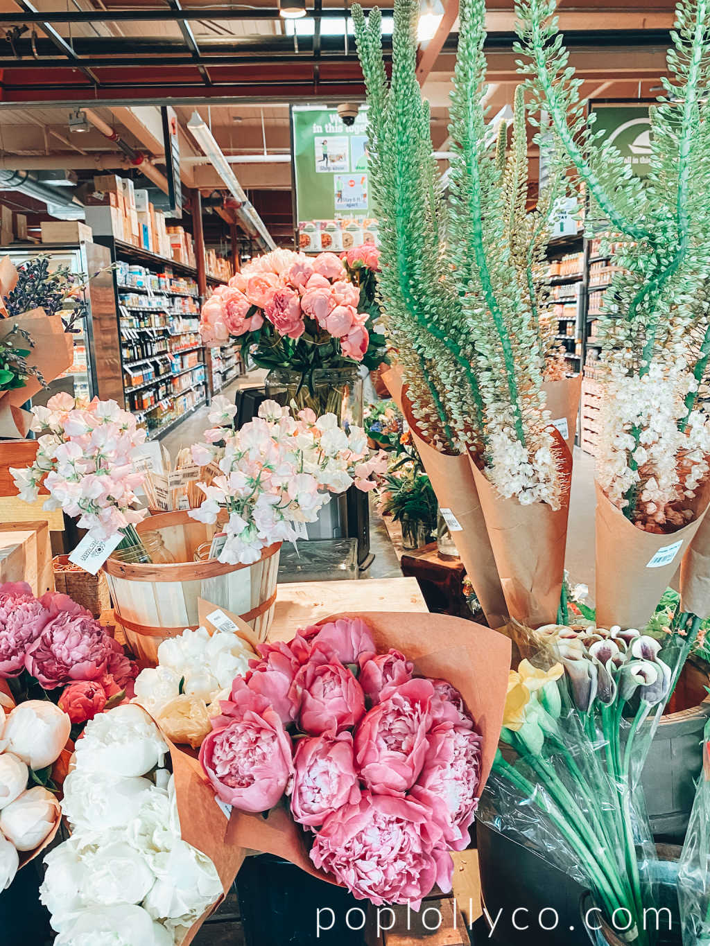 market on Bainbridge Island | peonies | flowers | Poplolly co