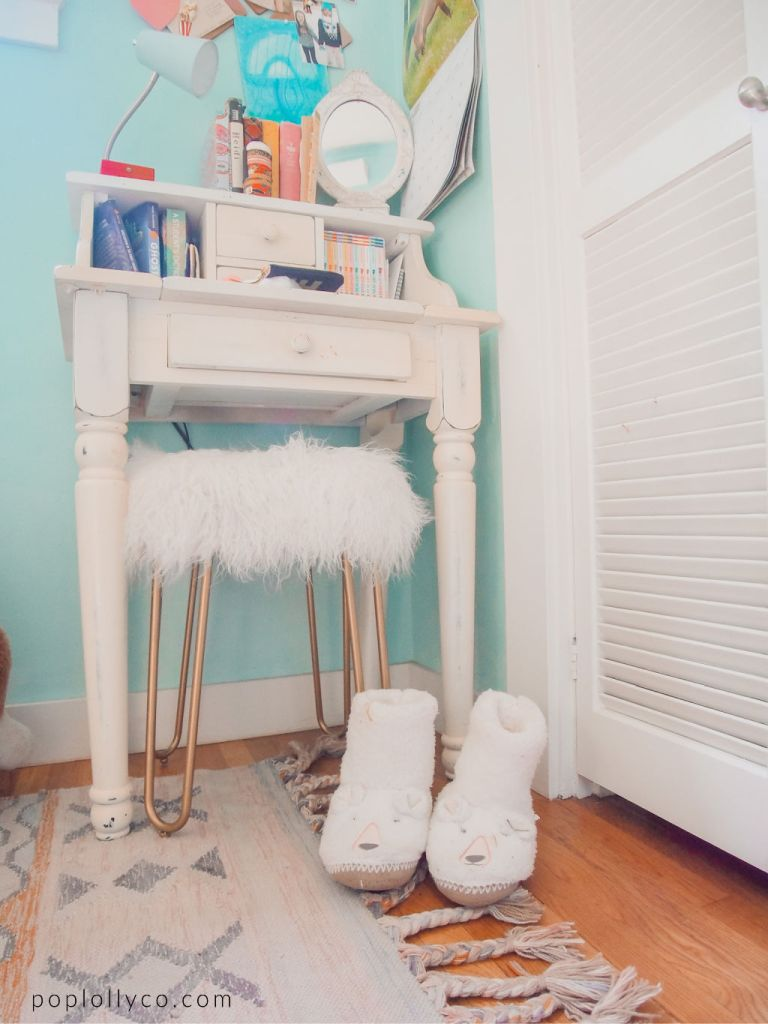small white desk with gold furry stool   Poplolly co
