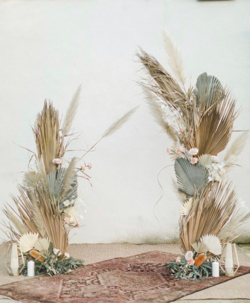 dried palms and pampas grass decor | Poplolly co