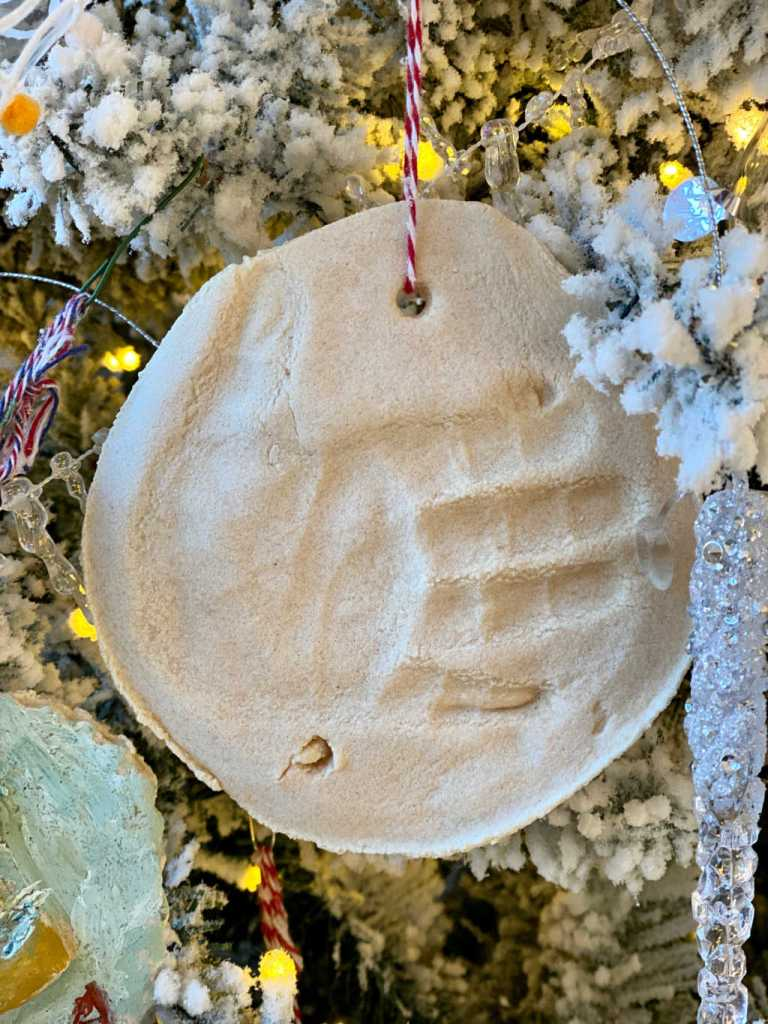 childs handprint in a DIY salt dough ornament | Poplolly co