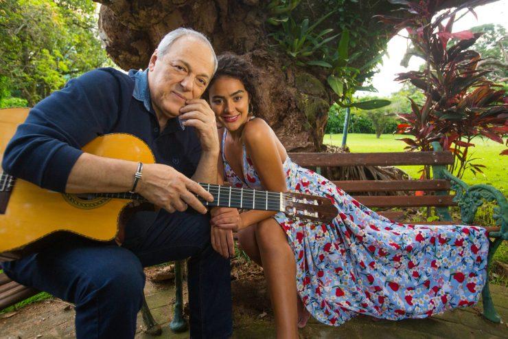 Toquinho e Camilla Faustino