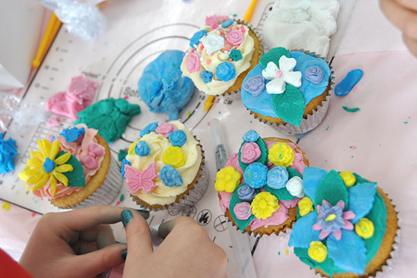Children's birthday party cupcake decorating