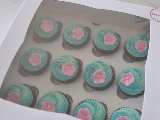 Moana theme cupcakes