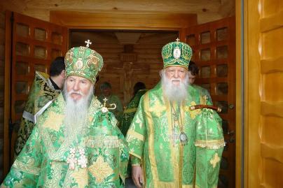 Архиепископ Берлинско-Германский и Великобританский МАРК (Арднт) и Архиепископ Женевский и Западно-Европейский Михаил (Донсков)