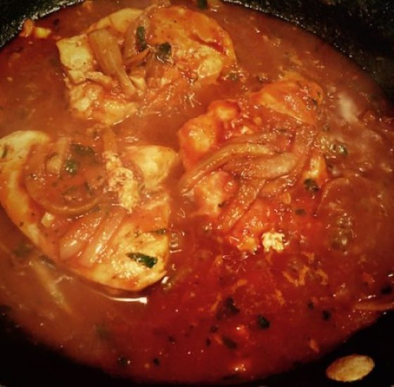 Chicken filets with Onion and Parsley Tomato Sauce4 poppopcooks.com