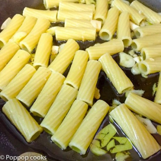 Lemon Parsley Garlic Pan Seared Salmon-4