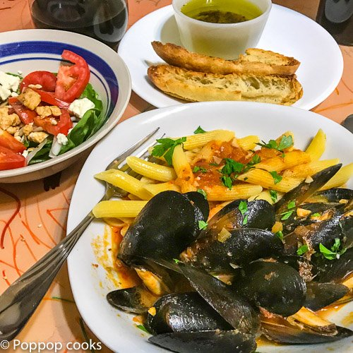 Barcelona Mussels Recipe-5-poppopcooks.com