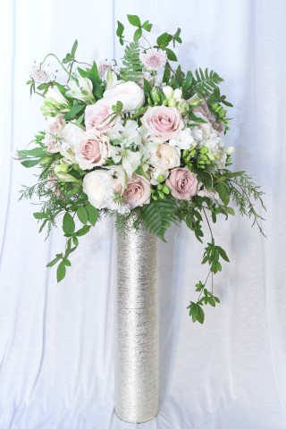 Elevated Centerpiece with Soft Pink Accents