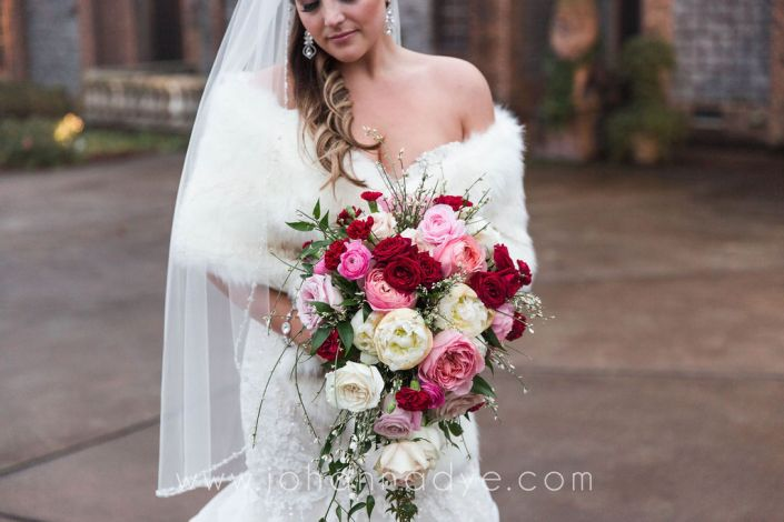 bride-maroon-blush-cascade-bouquet