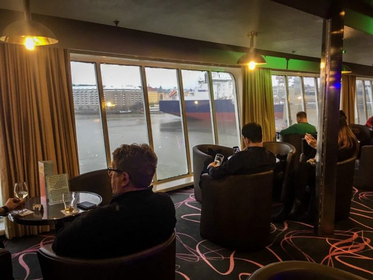 restauracja z widokiem na morze, prawda że niecodzienna atrakcja?