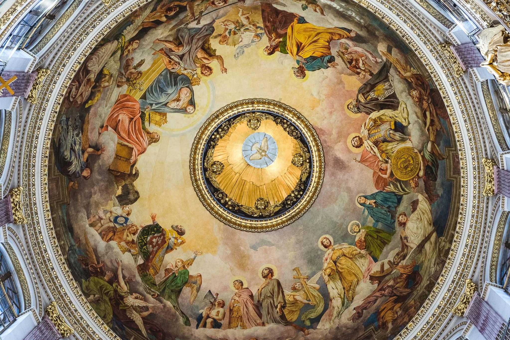 kopuła soboru Św. Izaaka od dołu
