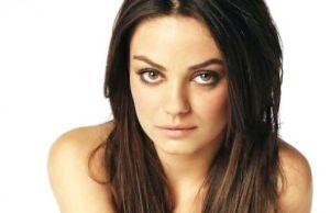 Mila Kunis participa de Two and a Half Men 2