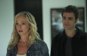 The Vampire Diaries: Caroline tenta salvar a mãe