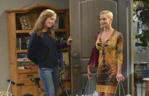 Jaime Pressly integra o elenco regular de Mom