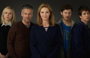 The Family apresenta suspense de uma família ligada à política americana
