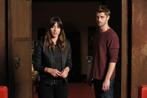 Agents of S.H.I.E.L.D:  Luke Mitchell é contratado como regular