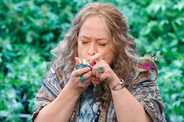 disjointed 1 temporada