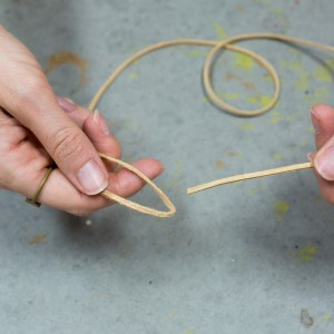 step 1 how to tie a leather slip knot