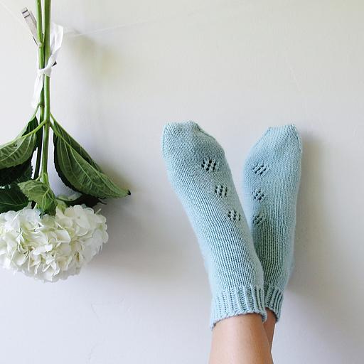 Best knitting projects: simple Flower Child socks