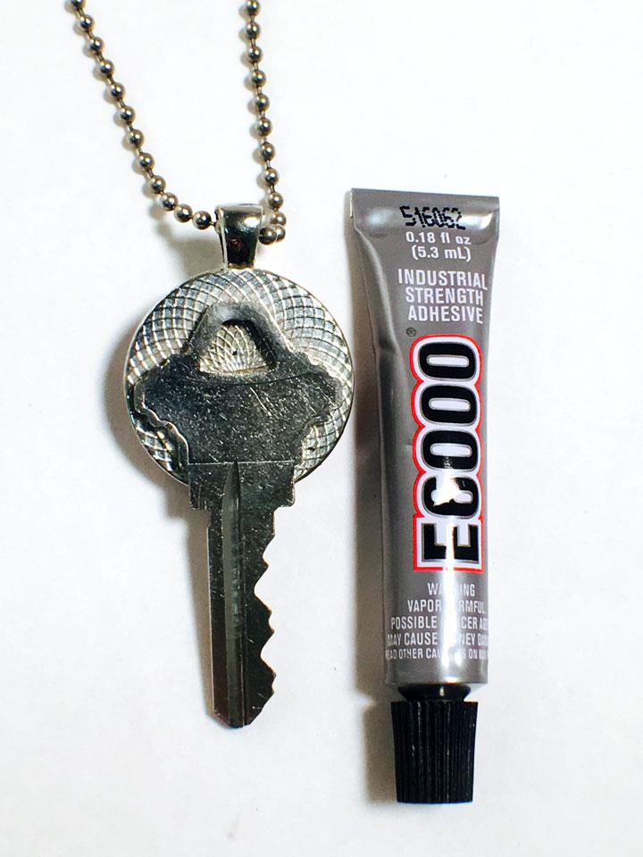 how-to-make-a-diy-key-necklace-with-e6000