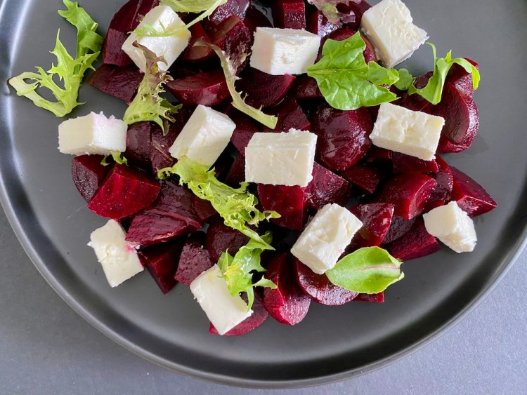 PopsicleSociety-Beetroot and feta cheese salad_5299