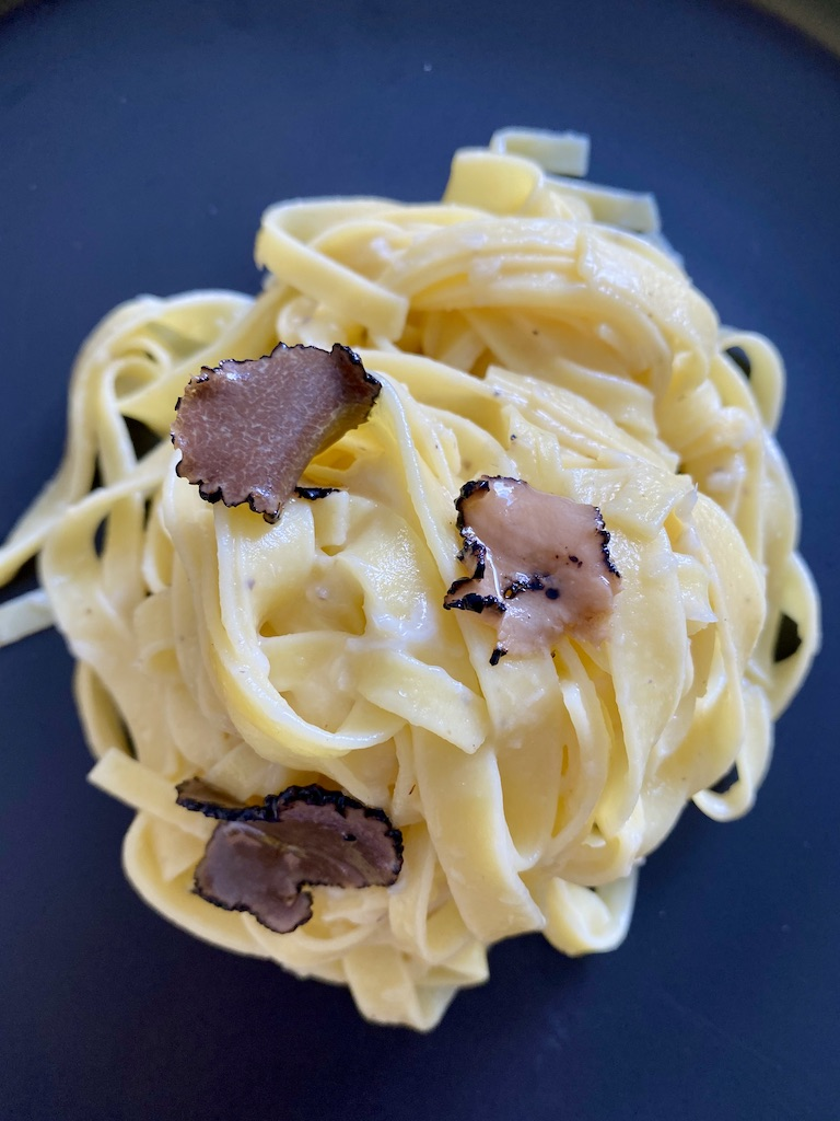 PopsicleSociety-Fettuccine al tartufo with artichokes paste_7326