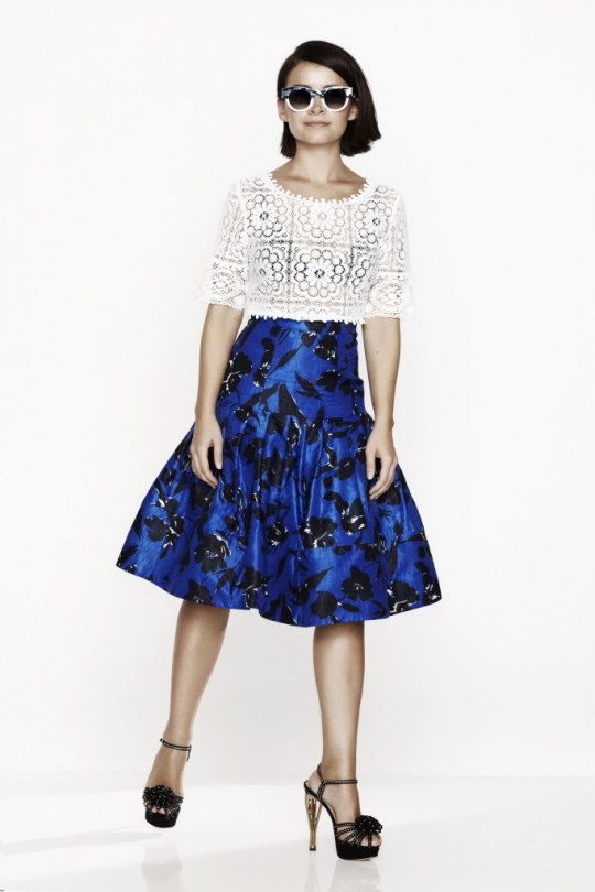 412188_Miroslava Duma_Oscar de la Renta_Floral-print silk and cotton-blend skirt