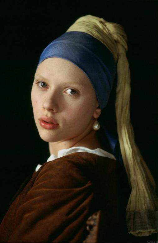 Scarlett Johanson as the girl with a pearl earring