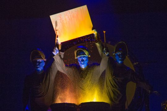BLUE MAN GROUP -16