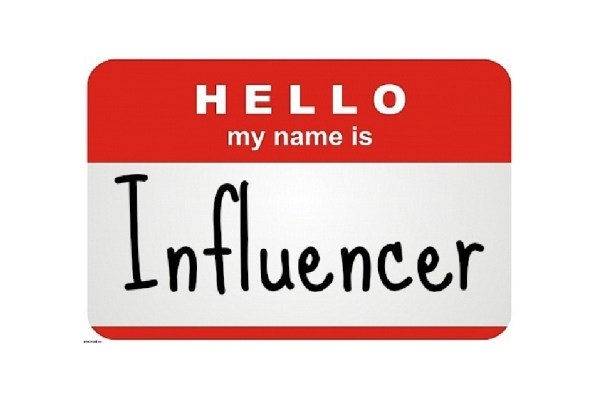 influencer-nametag