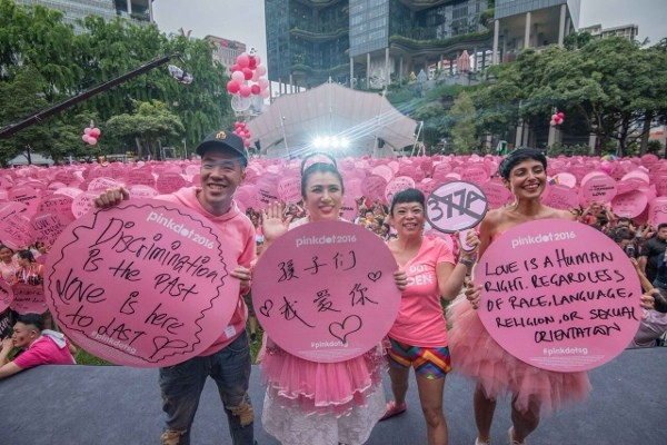 Foreigners barred from Singapore gay-pride rally: organisers
