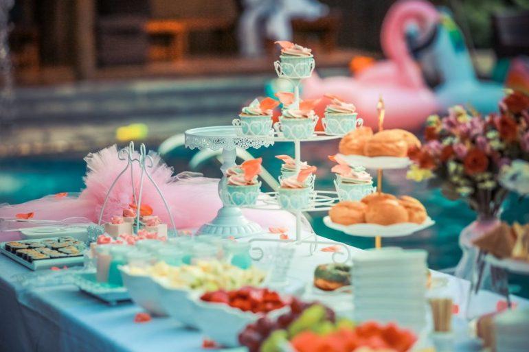 Kids wedding catering