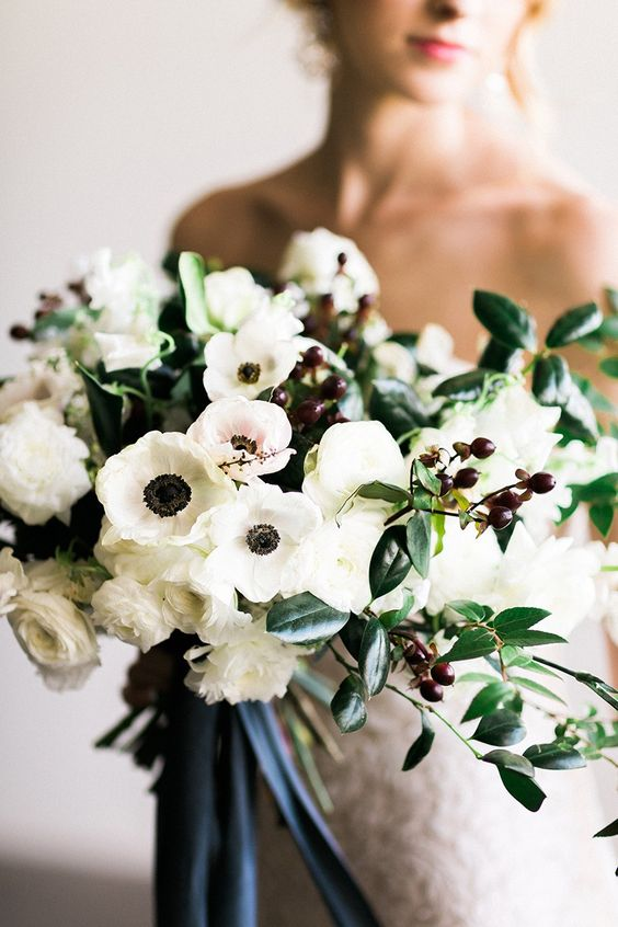 wedding flowers in Wedding Checklist process