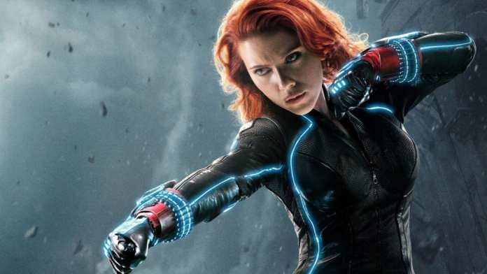 This Black Widow cosplay is a must see, it's amazingly hilarious