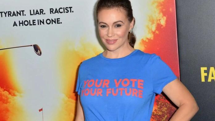 Alyssa Milano considering running for House in 2024