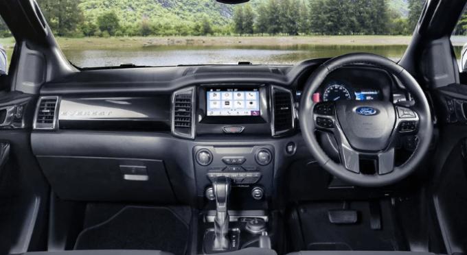 2019 Ford Everest Interior
